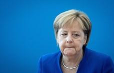 Szavaznak a bajorok, döntő lehet Merkelnek