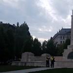 Kisebb büntetést szabtak ki a szovjet emlékmű, mint a Sándor-palota megdobálásáért