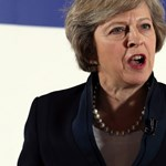 Theresa May, a brit kisemberek Vasladyje