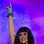 14 hónap után válik Katy Perry