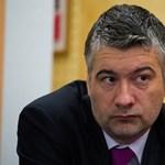 Blikk: Egy volt magyar miniszter is regisztrált a félrelépős oldalon