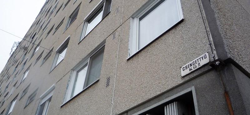 Beszakadt a panellakások ára