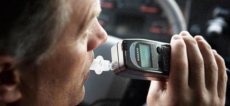 11 újabb biztonsági rendszer lehet kötelező hamarosan az autókban