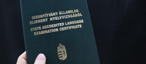 Mégsem áll le a nyelvvizsgaszerzés - jönnek az online vizsgák