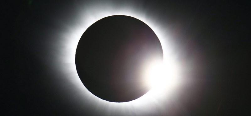 Lemaradt a napfogyatkozásról? Itt 5 mp alatt megnézheti