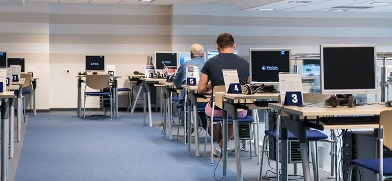 Óriási tévedésben éltünk eddig: tiltani kellene a diákoknak a számítógép használatát