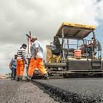 Öt év alatt 980 milliárd forintot költ el a kormány útépítésekre