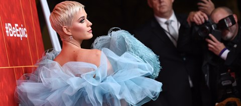 Katy Perryt szexuális zaklatással vádolják