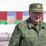 """Lukasenka kijátssza a """"katonai kártyát"""""""