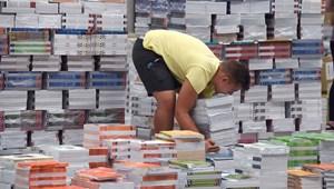 Összesen 1,2 millióan kapnak ősztől ingyenesen tankönyvet