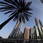 Dubaiban lesznek először digitális rendszámtáblák