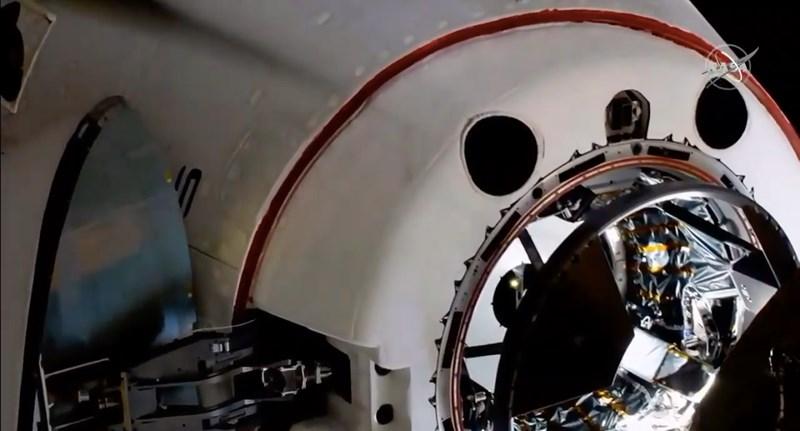Történelmi siker: a Crew Dragon összekapcsolódott a Nemzetközi Űrállomással