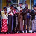 Mianmarból elmenekült rohingyákkal találkozott Ferenc pápa