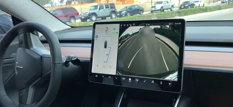 Gyorstöltőt telepített a Tesla Győrbe