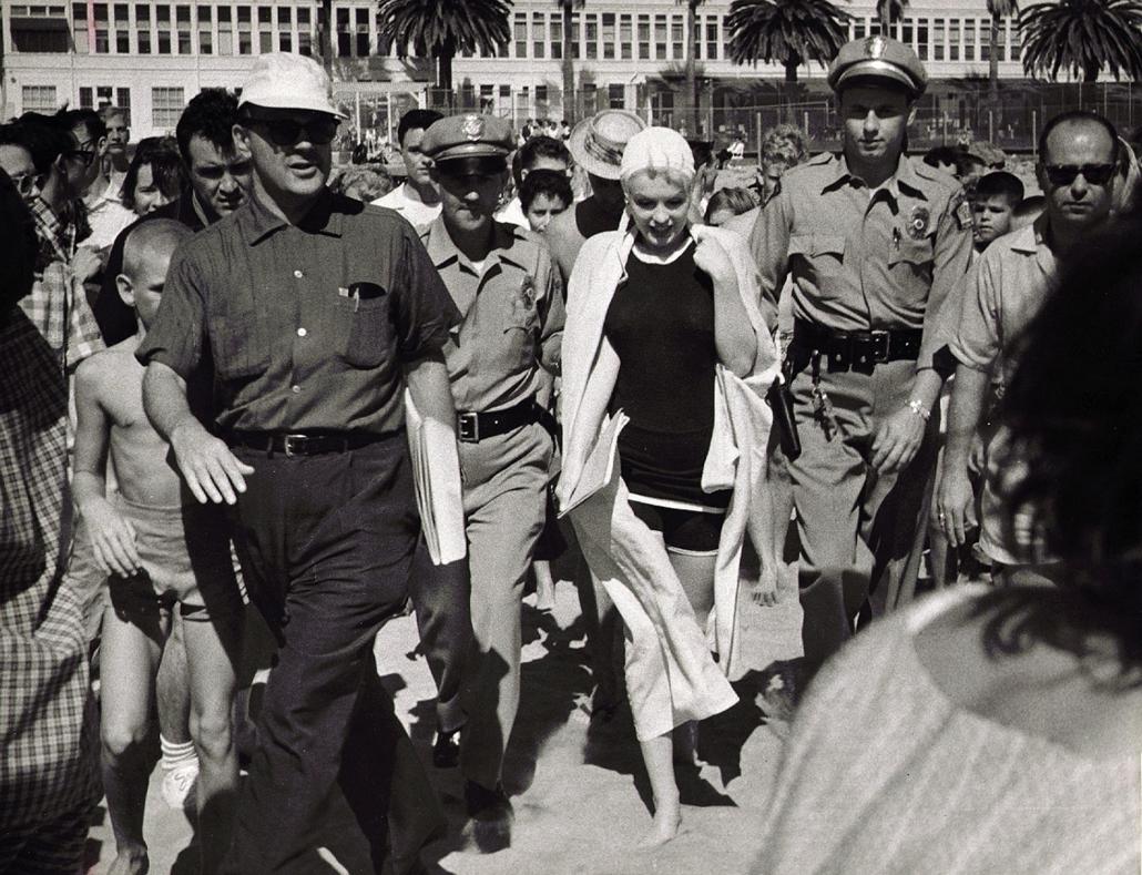 afp.1959. - A ''Van, aki forrón szereti'' című film forgatásán 1959-ben. - Marilyn Monroe nagyítás