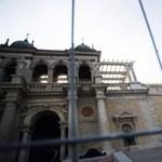 Brutális szabálytalanságokat tárt fel egy titkos vizsgálat a Vár és a Várkert Bazár felújításáról