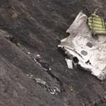 Germanwings-baleset: öngyilkosság és deformálódott ajtó az elméleket között