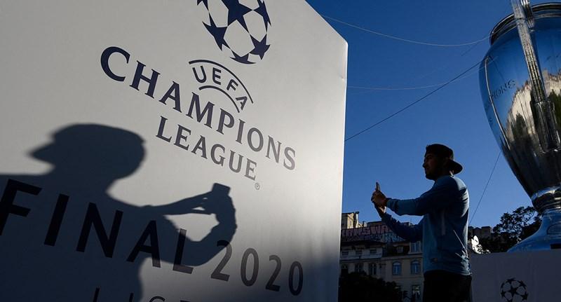Minden idők egyik legnagyobb zsarolását látjuk, vagy a futball teljes reformját?