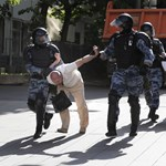 Több tucat embert ítéltek elzárásra a szombati moszkvai tüntetés miatt