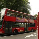 Zuhanó árak Londonban