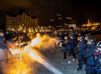 A világ címlapjain a tegnapi budapesti balhék