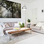 Fehér és funkcionális: szerethető otthon az IKEA őshazájából