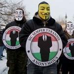 Névvel, mobilszámmal szerveződik a magyar Anonymous
