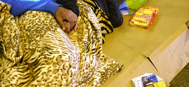 Hajléktalan-ügy: Tarlós személyesen kérte az aluljárok éjszakai lezárását