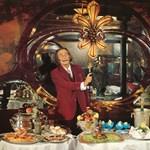 Dalí szakácskönyve: erotikával fűszerezett receptek