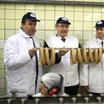 Kínos baki: nem létező hivatalt töltött be a trafikosztó fideszes
