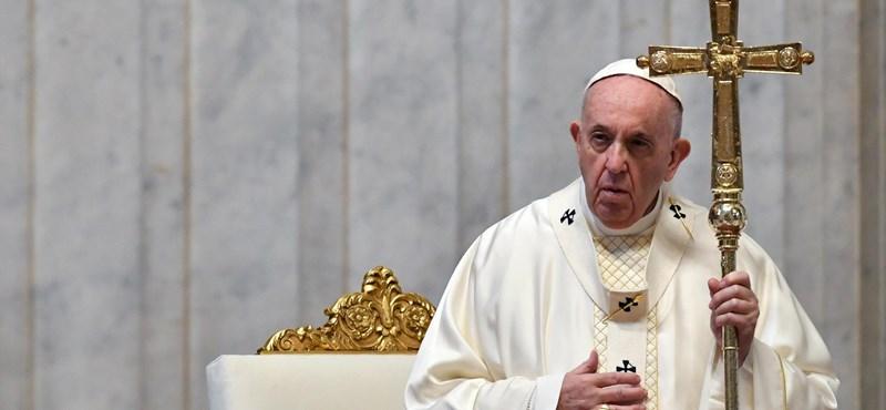 Ferenc pápa az újságírókért és a médiáért imádkozott