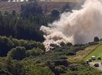 Súlyos vonatbaleset történt Skóciában, 30 mentőautó vonult a helyszínre