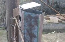 Postaládákban robbantott petárdát egy fiatal szilveszter éjjel 90c4f95f4a