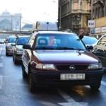 Torlódás van több helyen a fővárosba tartó utakon, országosan nem vészes a helyzet