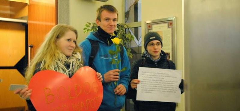 """Hoffmann Rózsa és a szerenád: """"köszönöm a születésnapi ajándékot"""""""