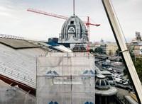 Új ütemmel folytatják a Nyugati pályaudvar felújítását, konténerpénztárakban lehet jegyet venni