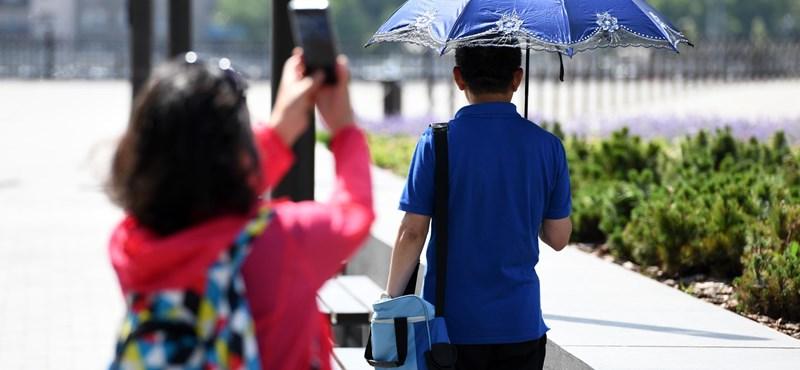 Napszemüvegre és esernyőre is szüksége lesz ma