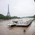 Apad a Szajna, a Louvre megúszta