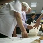 Választási megfigyelőket hívna Magyarországra a Momentum