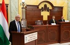 A korrupcióellenes javaslatok több, mint felét figyelmen kívül hagyták Magyarországon