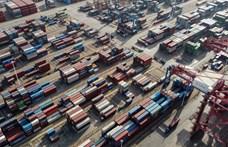 Repedések és kátyúk keletkeztek a kínai Új Selyemúton
