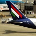 A Malév üdvözli fedélzetén a WizzAir párizsi utasait