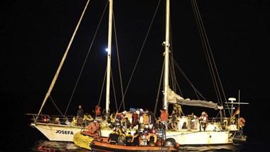 Vádat emelhetnek több civil szervezet ellen, mert az embercsempészekkel egyeztetve mentettek menekülteket