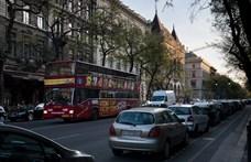 Tulajdonosi vita miatt zárt be az egyik legnagyobb turistabuszos cég