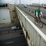 Figyelik a Petőfi hidat, de nem tudni, mikor újítják fel