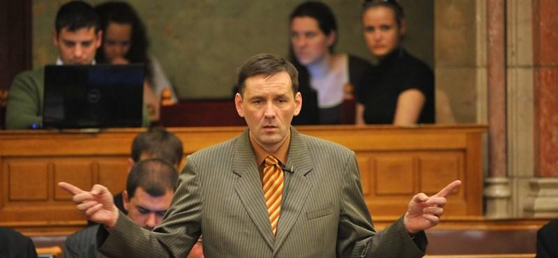 Volner Jánost kizárták a Jobbik-frakcióból