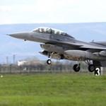 Az adóhivatal hazavágta a román légierőt