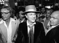 Ha Tony Curtis személyes holmijaira kíváncsi, akkor Mátészalkán keresse azokat