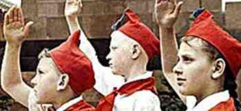 A Nagy Szentesi Iskolaköpeny-lázadás
