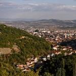 Koszovó visszaküldött három teherautónyi ajándék vakcinát Szerbiába